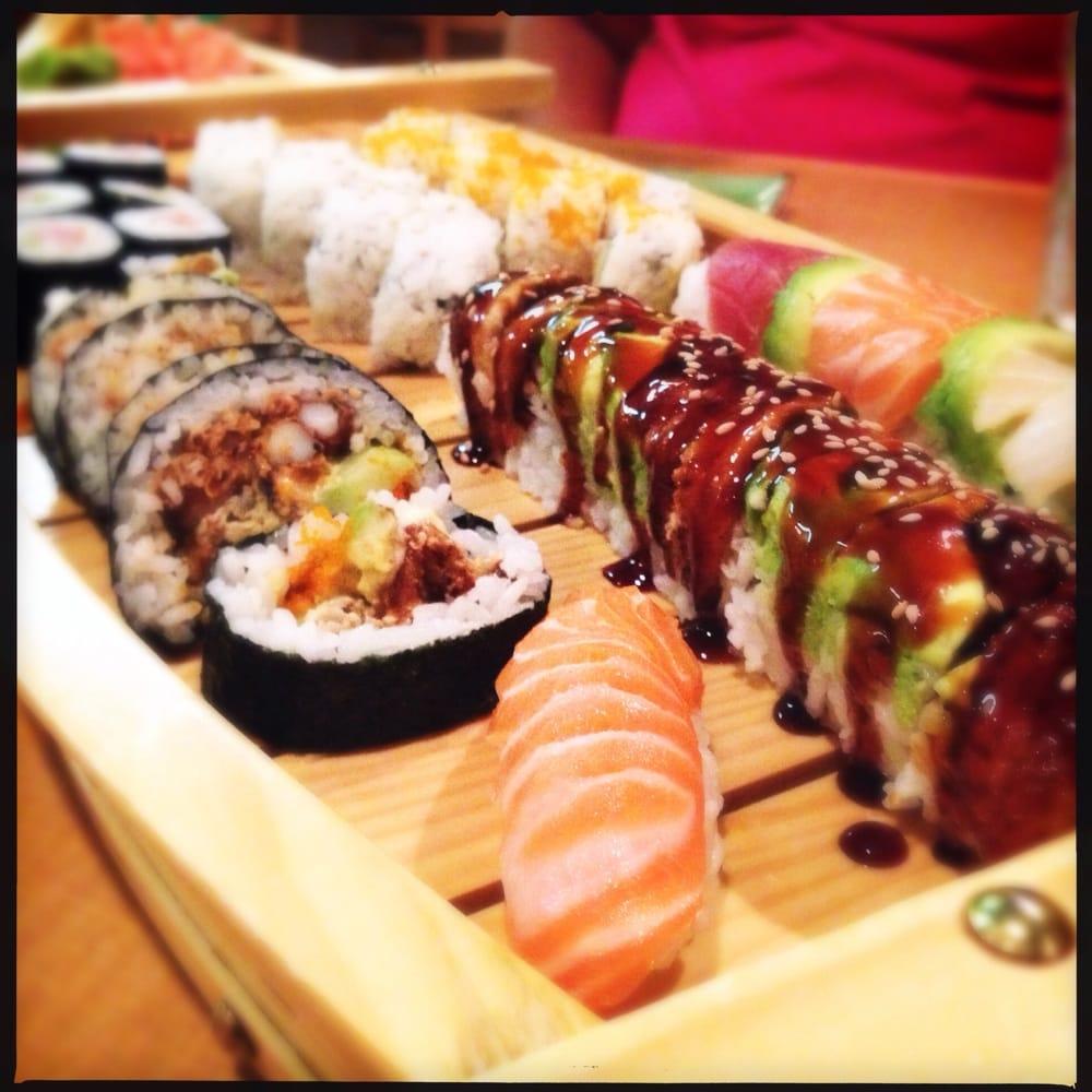 crazy sushi 16 photos 40 reviews japanese 3350 mid. Black Bedroom Furniture Sets. Home Design Ideas