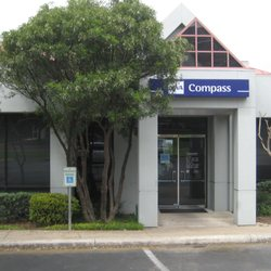 Bbva Compass Banks Amp Credit Unions 7575 Wurzbach Rd