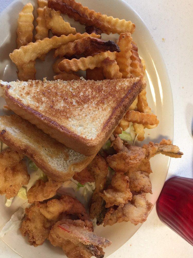 La Playita Restaurant: 703 Madison Ave, Port Bolivar, TX