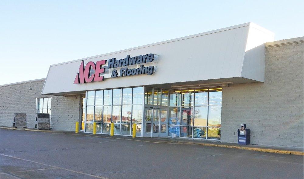 Ace Hardware & Flooring: 10 26Th St E, Williston, ND