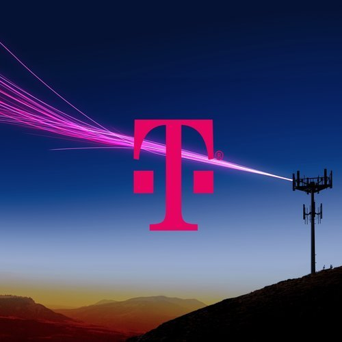 T-Mobile: 7821 Edinger, Huntington Beach, CA