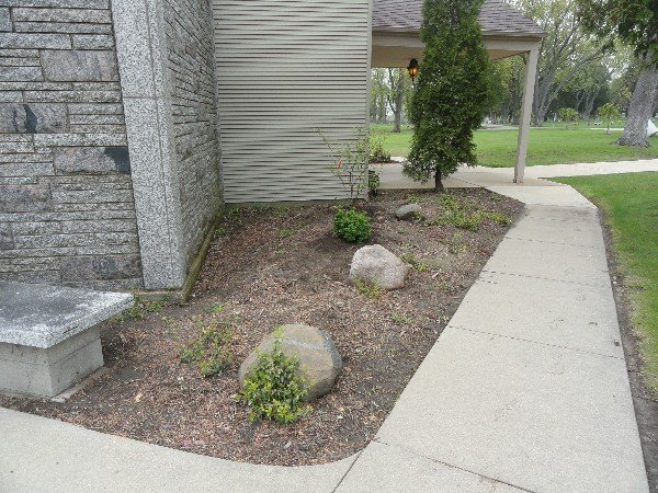 Beckers Landscaping Services: 3109 11th St, Winthrop Harbor, IL