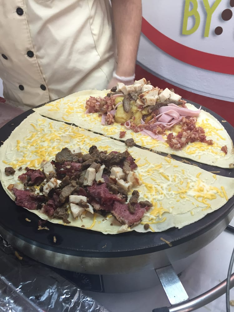 Crepes By Us: Carretera 3 453, Humacao, PR