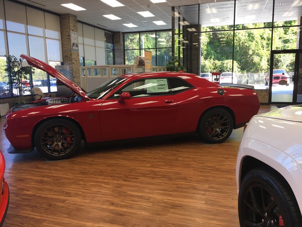 hellcat at hayes chrysler in gainesville come see me yelp. Black Bedroom Furniture Sets. Home Design Ideas