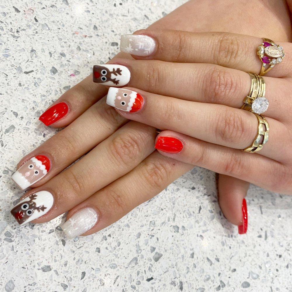 Nails Du Jour Beauty Bar: 19334 Diamond Lake Dr, Lansdowne, VA