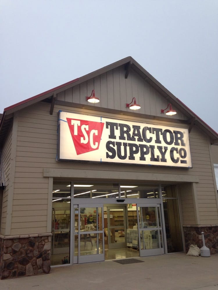 Tractor Supply Factory : Tractor supply company hardware stores riverwalk
