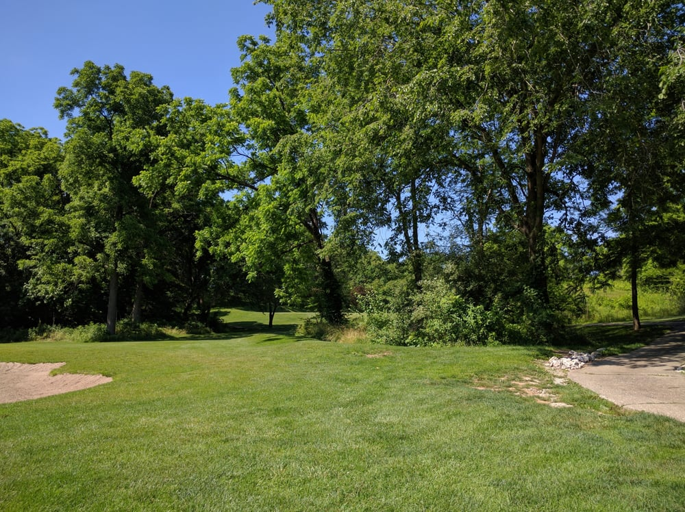Indian Springs Golf Course: 21347 Illinois Route 185, Fillmore, IL