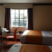 Photo Of Redondo Pier Inn Beach Ca United States Large Room