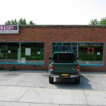Villain s inc tattoo parlours 3629 q st omaha ne for Tattoo shops in omaha ne