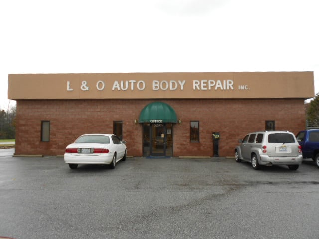 L and O Auto Body Repair Inc: 5201 Burlington Rd, McLeansville, NC