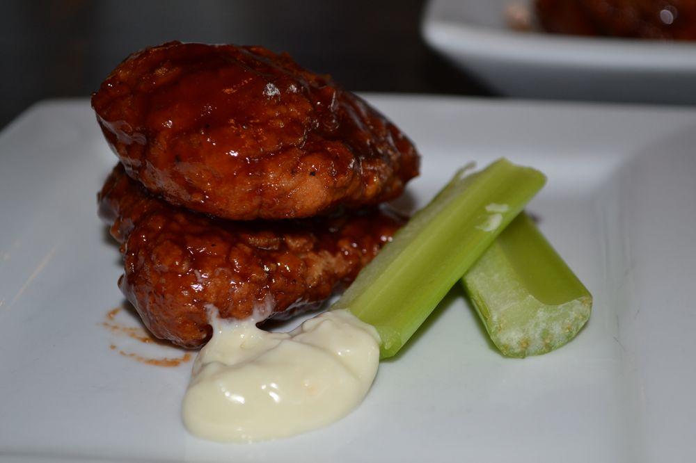 David Reay's Modern Diner + Tavern: 214 Main St, Onalaska, WI