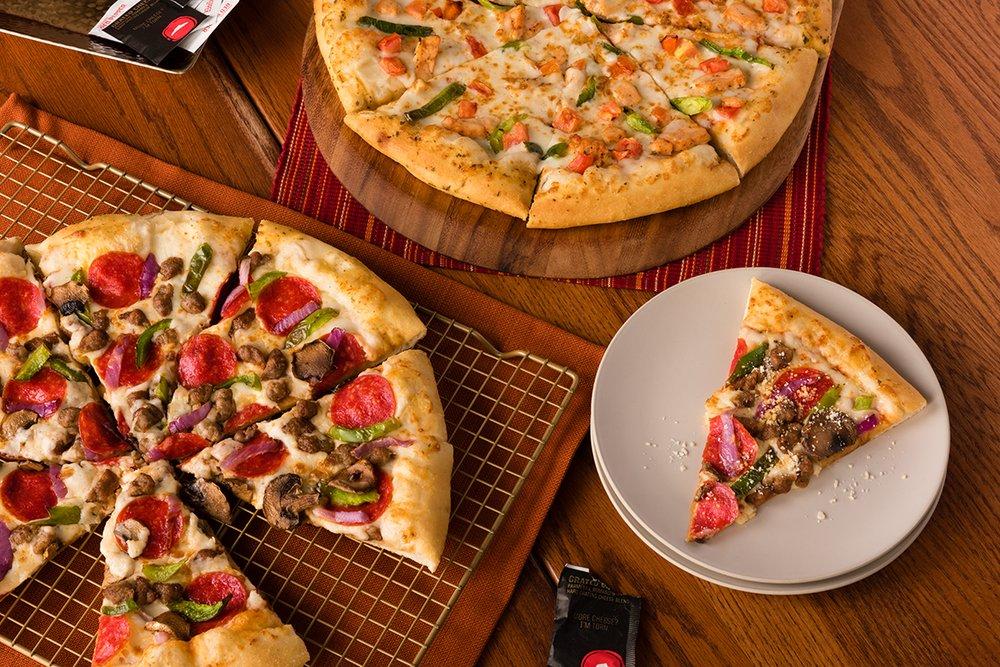 Pizza Hut: 1103 N Washington, Beeville, TX