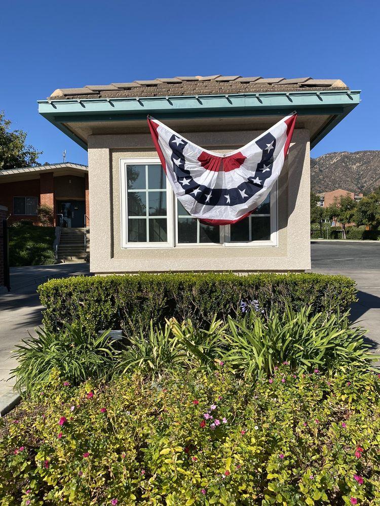 Royal Oaks: 1763 Royal Oaks Dr N, Bradbury, CA