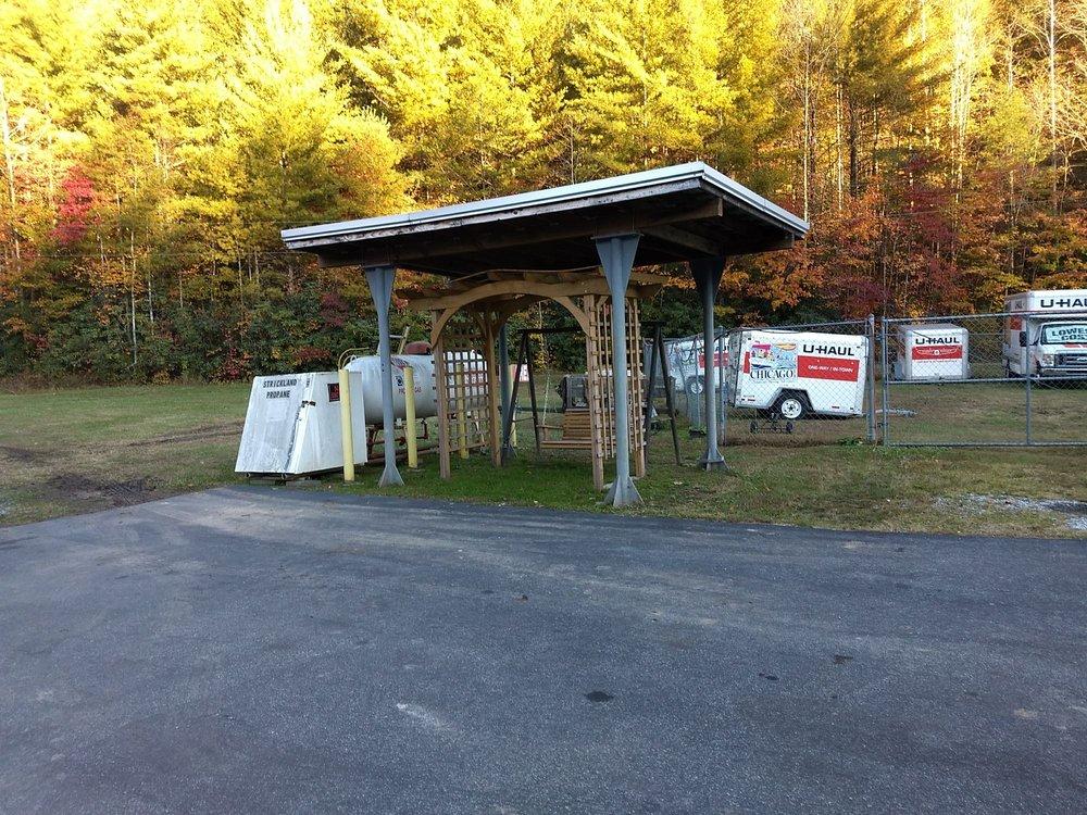 Blue Ridge Mountain Stop: 4220 Blowing Rock Blvd, Lenoir, NC