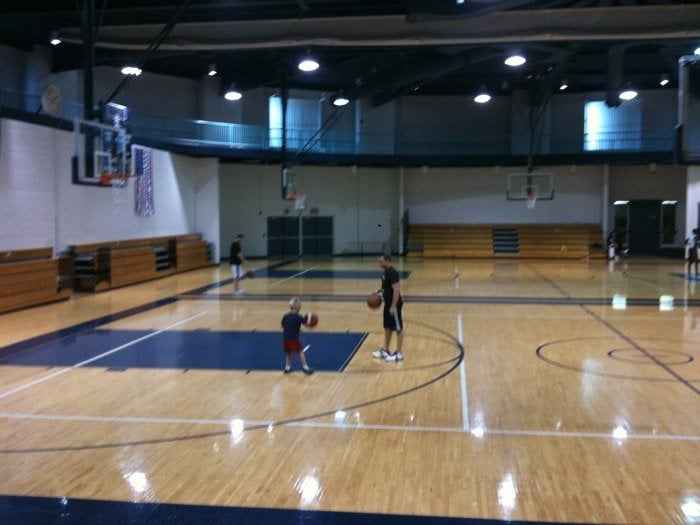 Brook Park Recreation Center: 17400 Holland Rd, Brook Park, OH