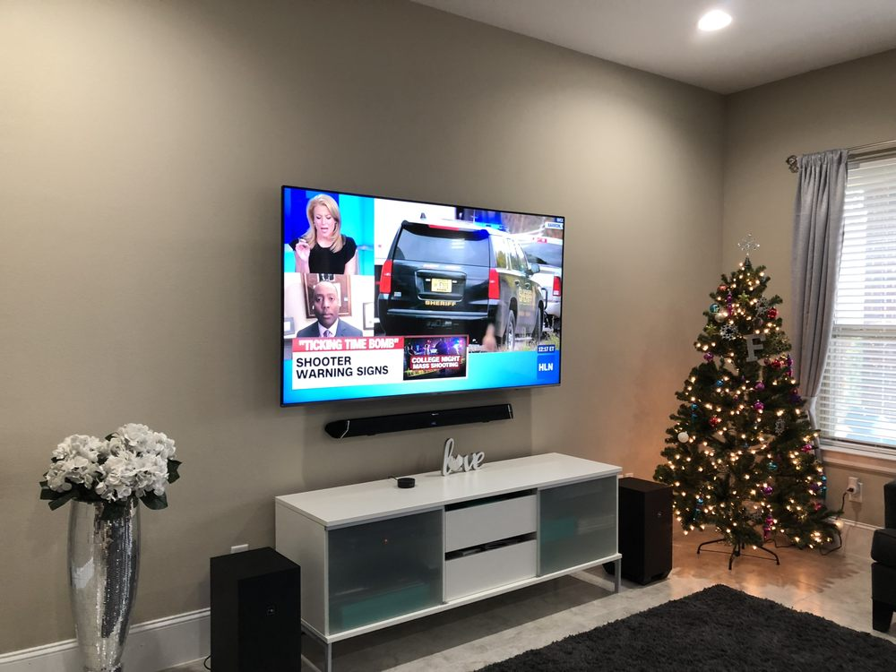 Custom TV Mounting Plus: College Station, TX