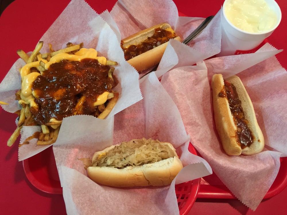 Brighton Hot Dog Shoppe: 224 State St, Beaver, PA