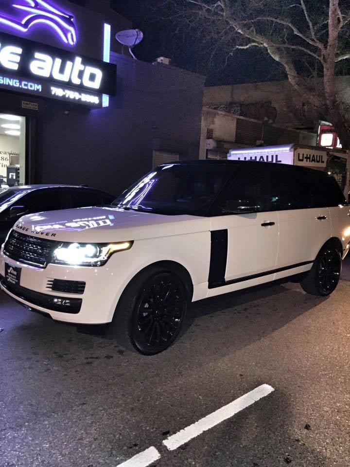 Range rover ebony edition