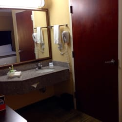 Holiday Inn Express Suites Dallas Ft Worth Airport South 32 Photos 10 Reviews Hotels
