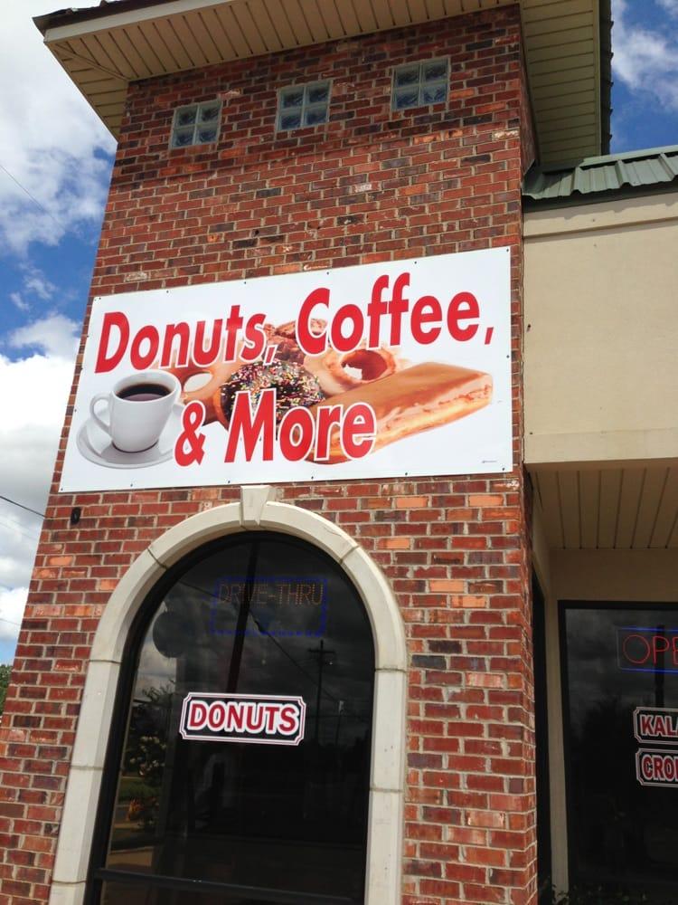 Donuts Coffee & More: 4508 Colisuem Blvd, Alexandria, LA
