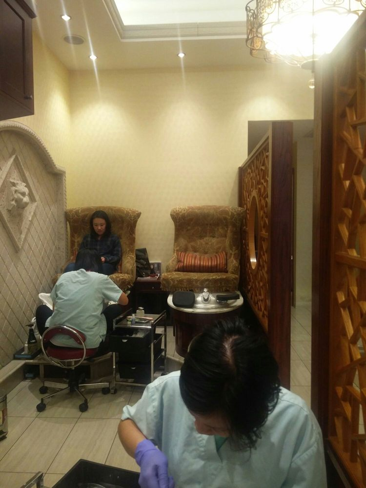 Queen Jane Day Spa Reviews
