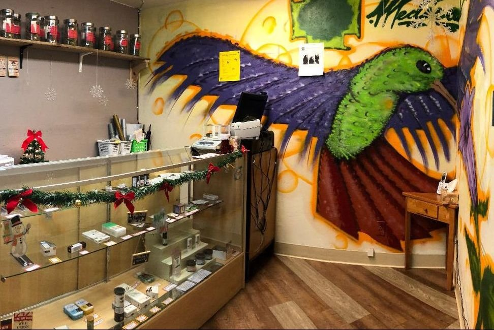 Healing Green: 769 N Main, Independence, OR