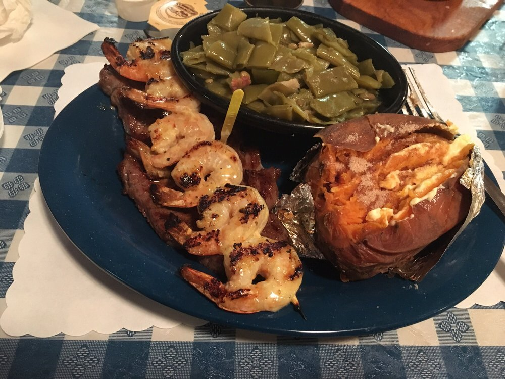 Country Cabin Steakhouse: 879 Mary Batten Rd, Pearson, GA
