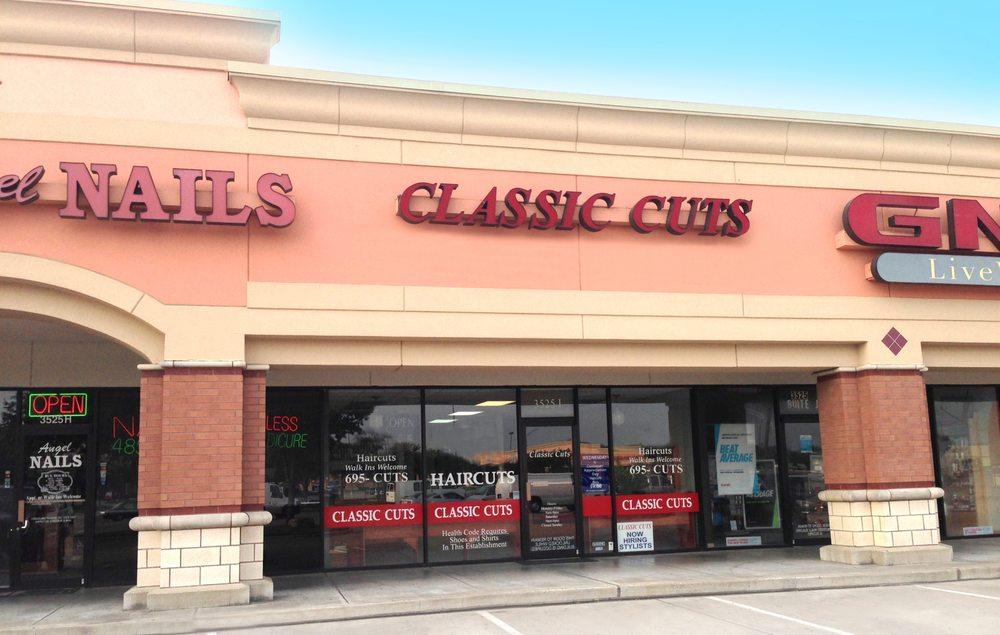 Classic Cuts Plus Closed Hair Salons 3525 Longmire Dr College