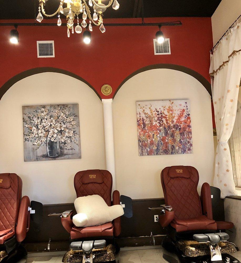 Venus Nail Spa: 875 W Poplar Ave, Collierville, TN