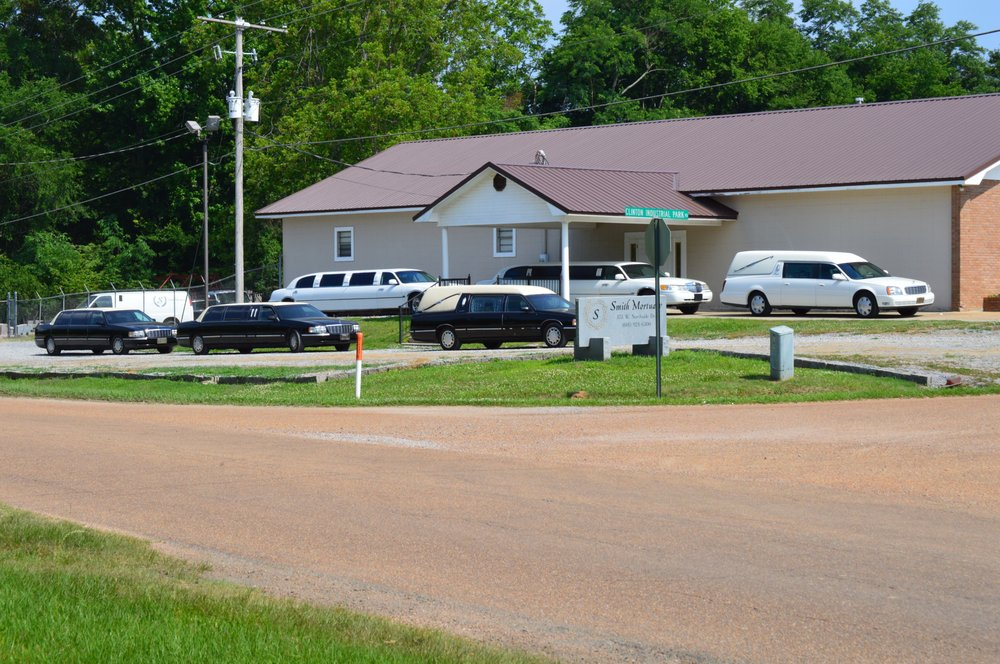 Smith Mortuary: 851 W Northside Dr, Clinton, MS