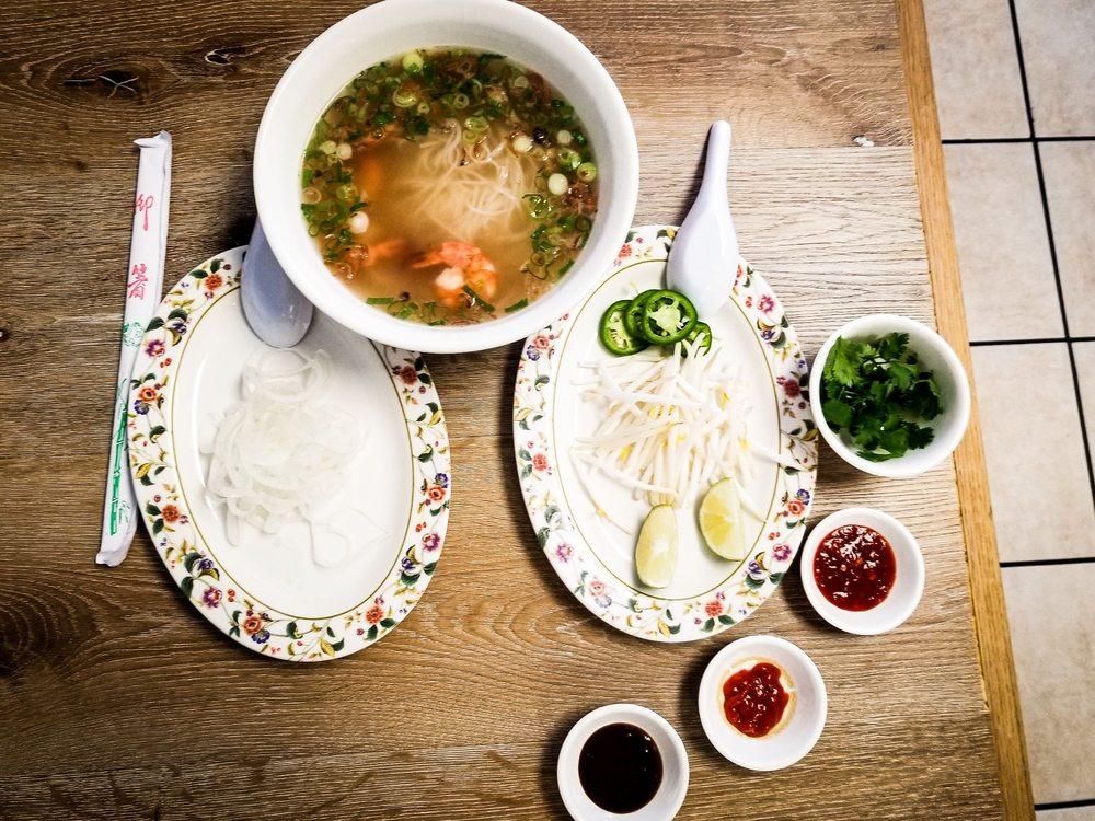 New Time Noodles: 2620 Clarendon Ave, Huntington Park, CA