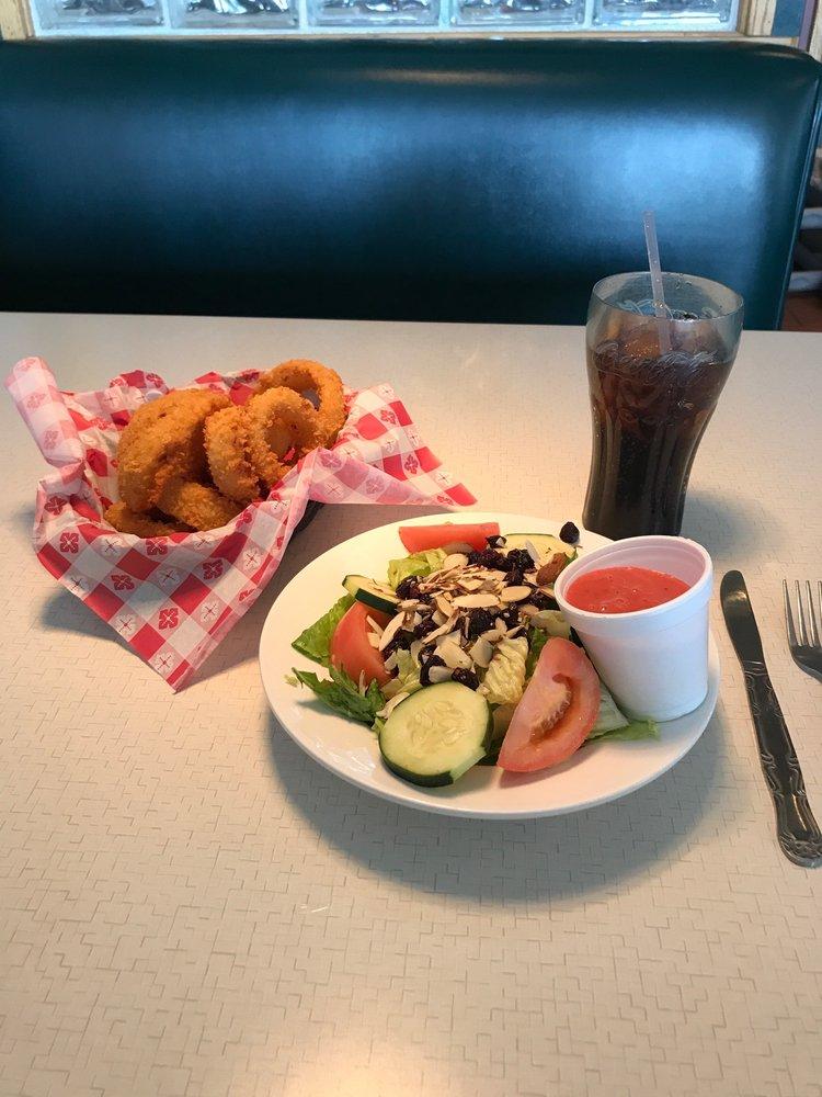 Annie's Restaurant: 3695 Route 66, Santa Rosa, NM
