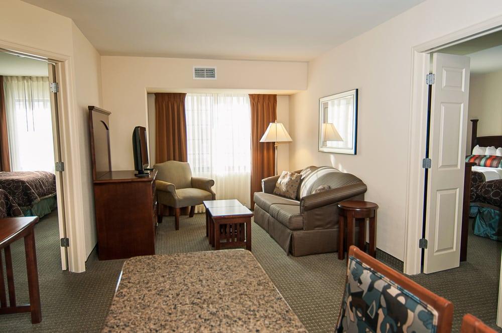 Staybridge Suites Wichita: 2250 N. Greenwich Rd, Wichita, KS