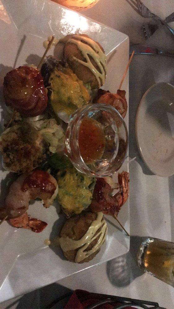 Chef Rolf's Tunas: 80939 Overseas Hwy, Islamorada, FL