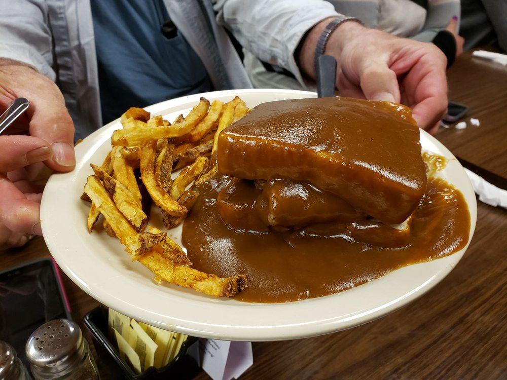 Sam's Restaurant: 425 E Central Ave, Titusville, PA