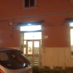 Cirella arredamenti via argine 755 napoli numero di for Casa italia arredamenti napoli