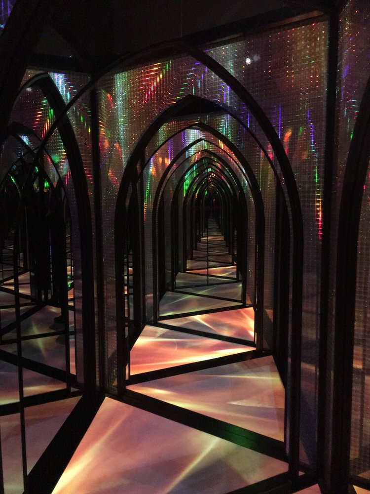 The Amazing Mirror Maze