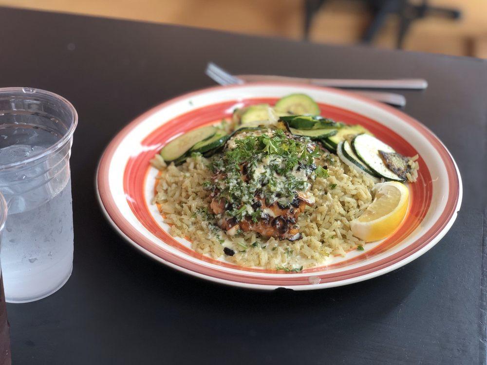 Fernando's Cali Kitchen: 450 Center St, Yuba City, CA