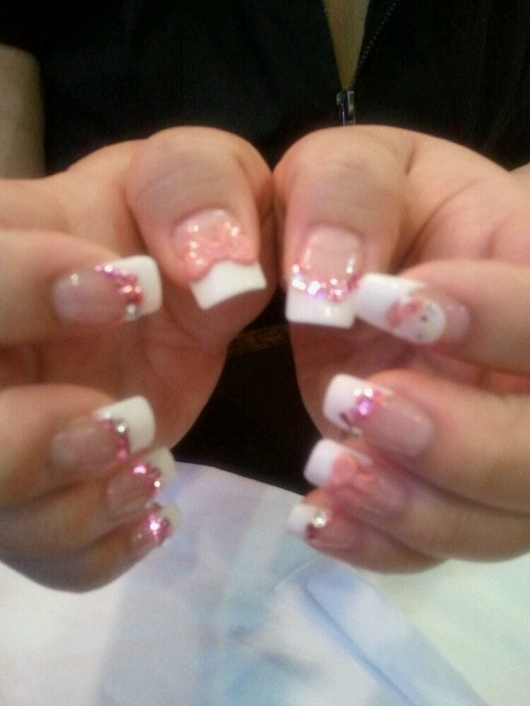 Acrylic nail extensions with gel coating. 3D nail art: 2 handmade ...