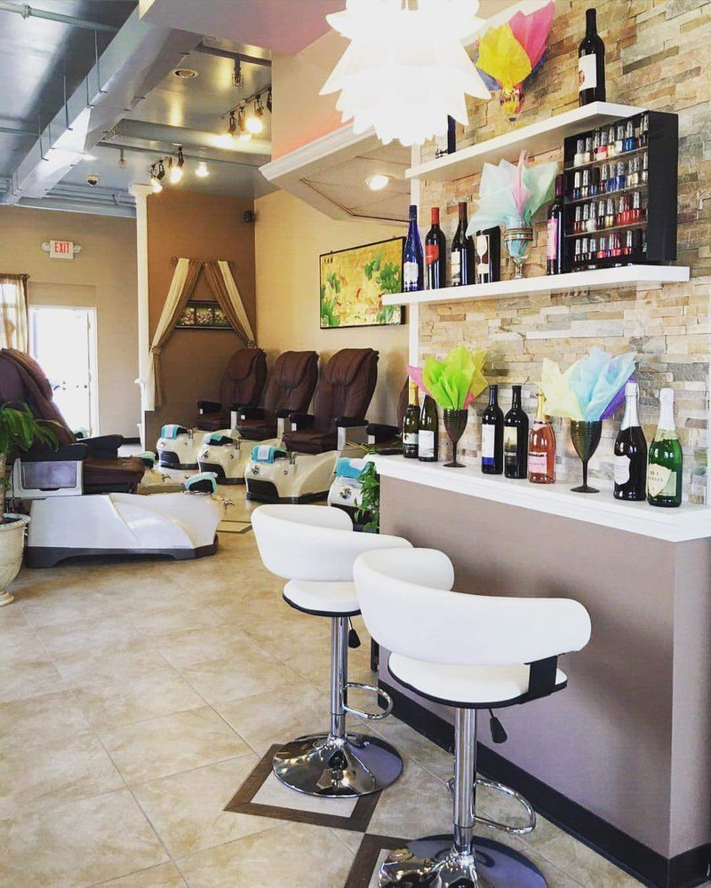lynn s nail salon 23 photos 32 reviews nail salons 3837 mcclay rd st peters saint. Black Bedroom Furniture Sets. Home Design Ideas