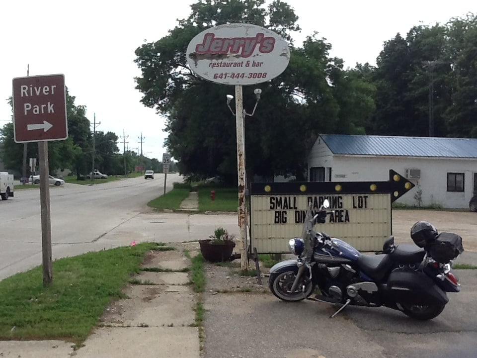 Jerry's Place: 212 River Ave S, Belmond, IA