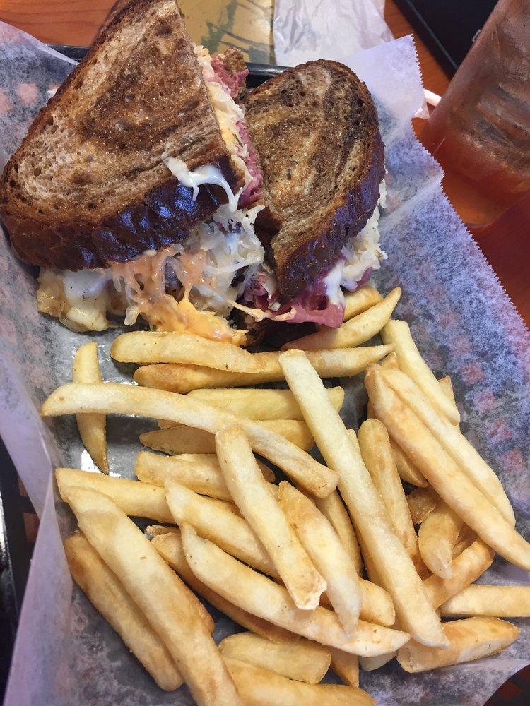 Jimmy's Grill: 5539 Hwy 29N, Molino, FL