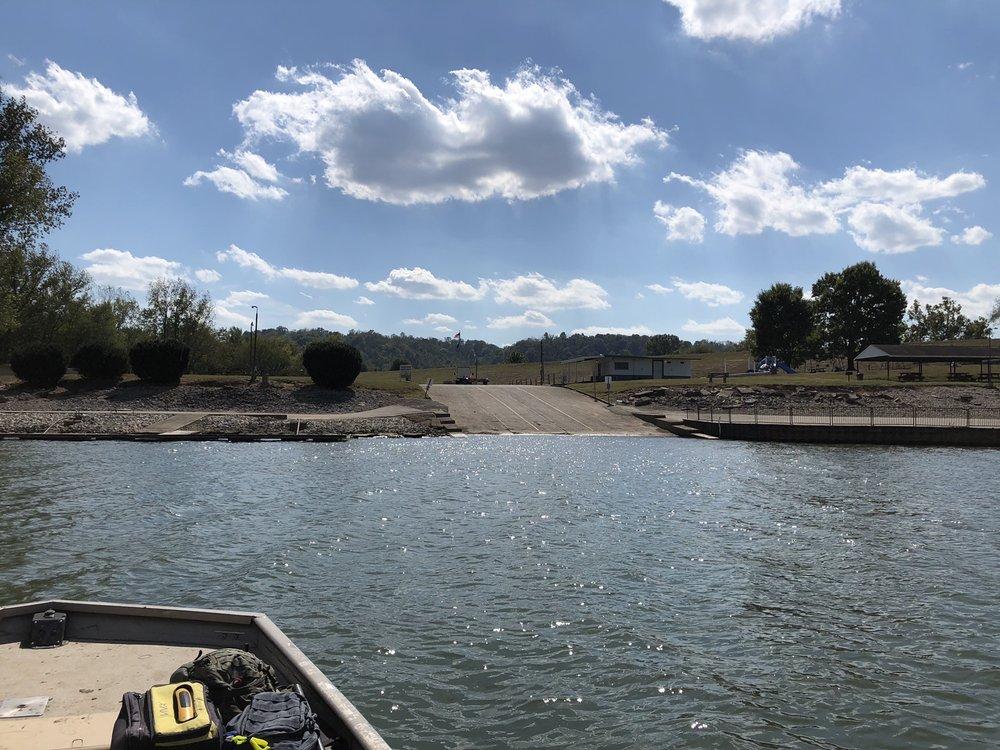 Maysville River Park: 100 Main St, Maysville, KY