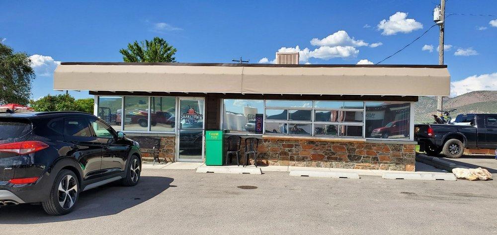 Shaketown: 21 N Bear Lake Blvd, Laketown, UT