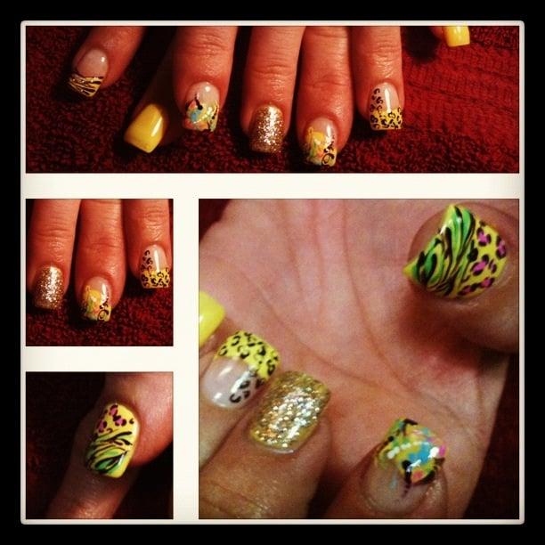 Le Nails: 18000 Vernier Rd, Harper Woods, MI