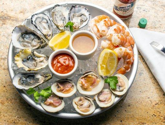Sam S Grill Seafood Restaurant 241 Photos 374 Reviews