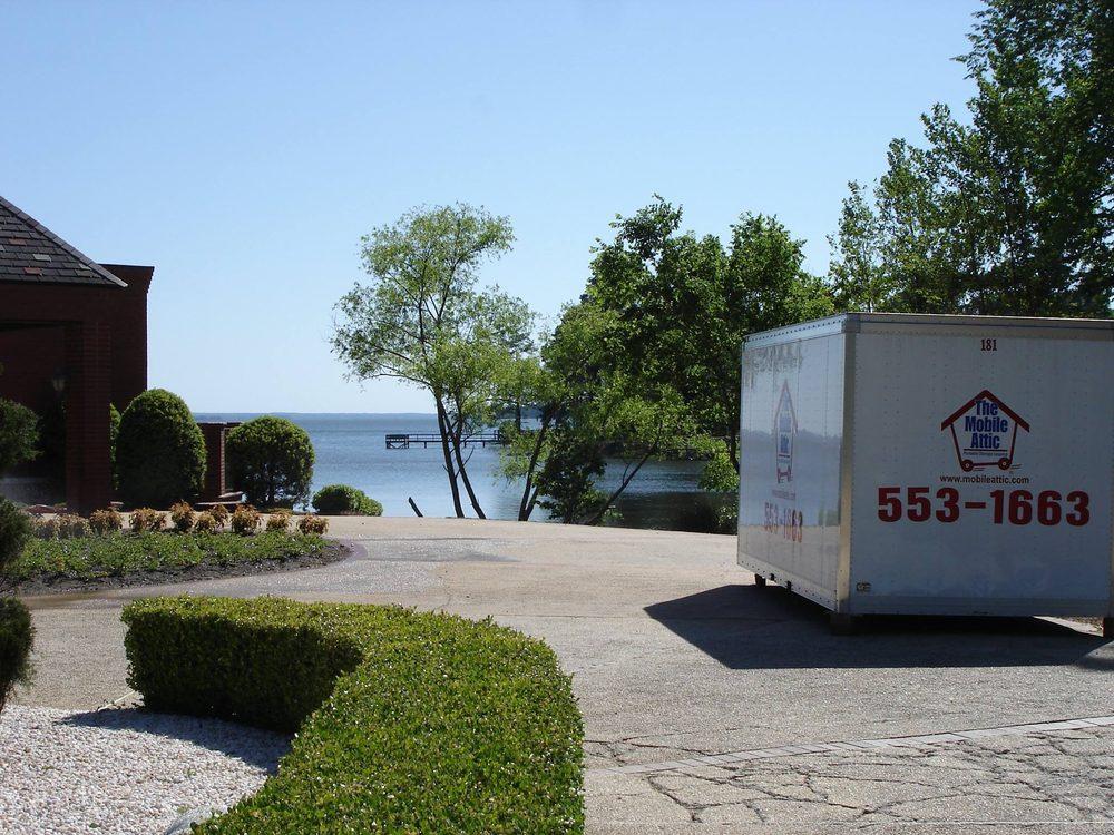 Mobile Attic: 600 E Killian Rd, Columbia, SC