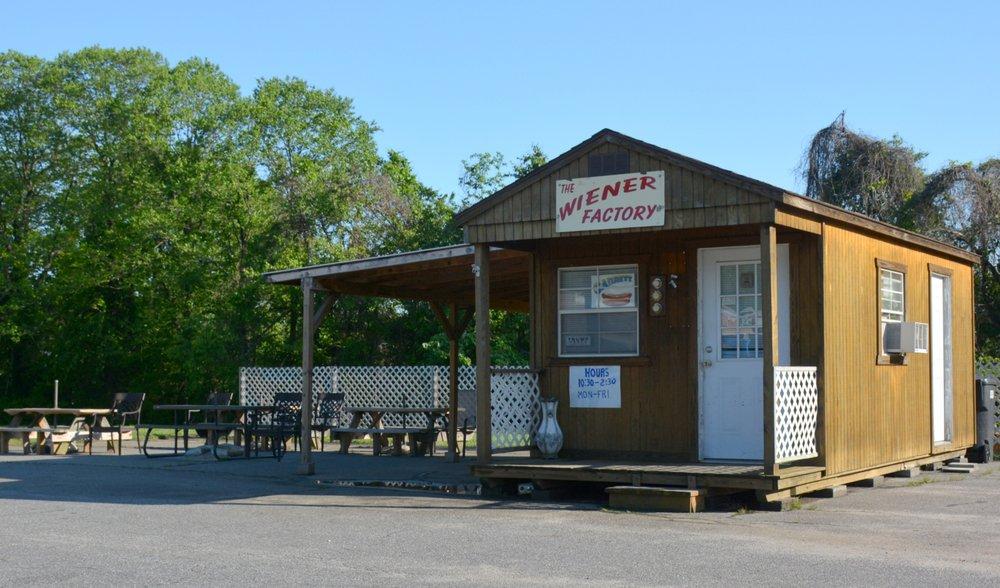 The Wiener Factory: North Carolina 16 Business Denver, Denver, NC