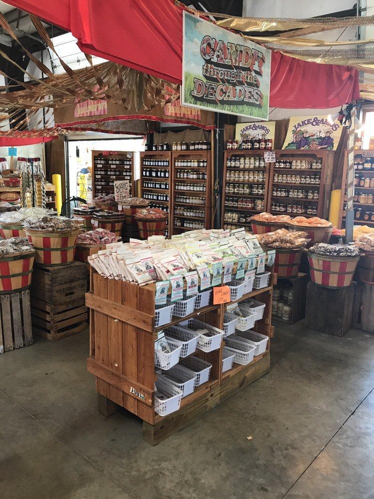 Southwest Virginia Farmers Market: 497 Farmers Market Dr, Hillsville, VA