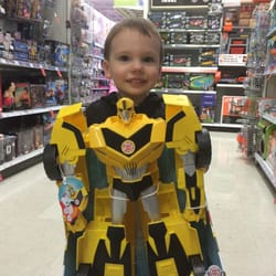 Toys R Us 11 Reviews Toy Stores 1471 New Britain Avenue